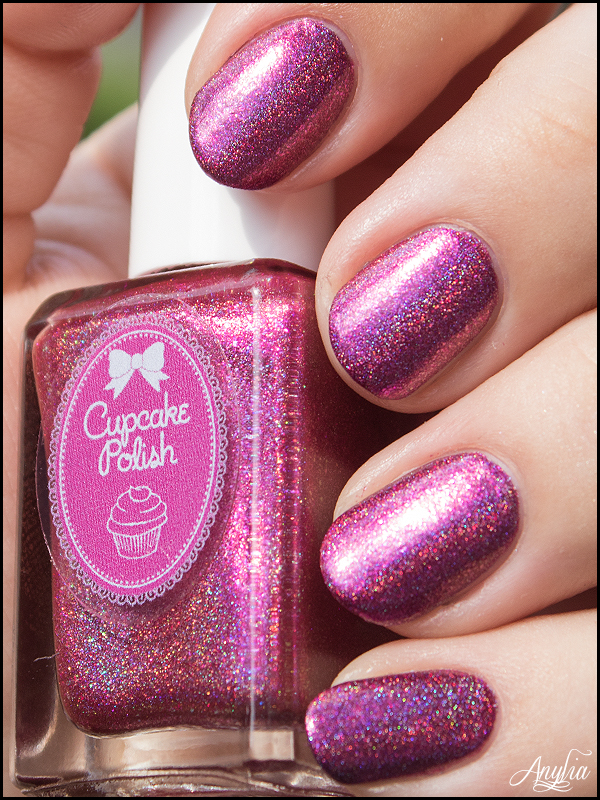 Swatch - Cupcake Polish Catherine - 1